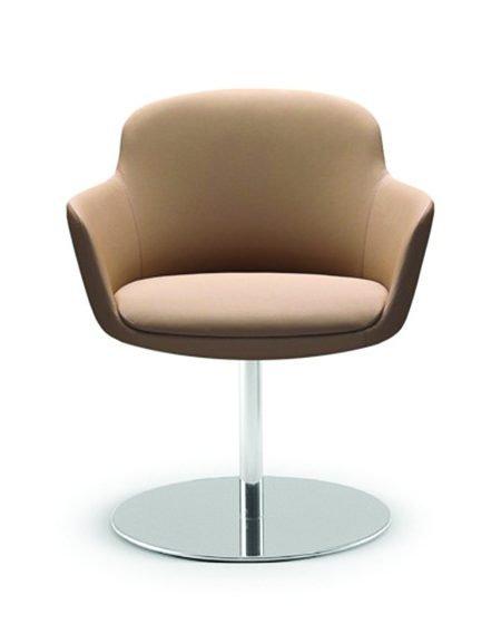 Danae 202 armchair A