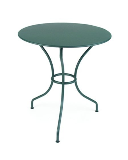 Opera 605 round table A