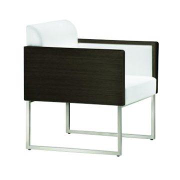 Box 402 lounge chair