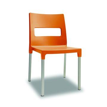 Maxi Diva 103 chair