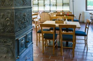 Bdscontract_Borbaratok restaurant